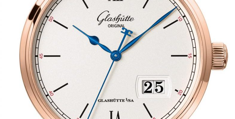 Glashütte Original: Senator Excellence mit Panoramadatum in Rotgold